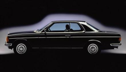 1977 Mercedes C123 perfil