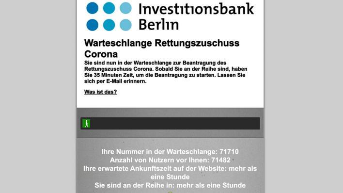 Zigtausende Berliner In Der Warteschlange Ansturm Auf Ibb