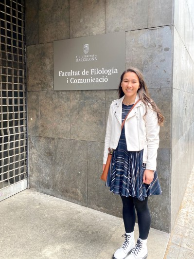 Lulu Keen, of Brookfield, a junior at University of Illinois, was in in the midst of a semester studying abroad in Barcelona, Spain, when the pandemic struck and forced her to quickly find a way home. (Photo provided)