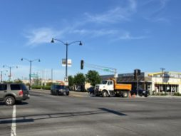 Berwyn shut down eastbound traffic on Cermak Road into the city at Harlem Avenue after looting erupted on May 31. | Bob Uphues/Editor