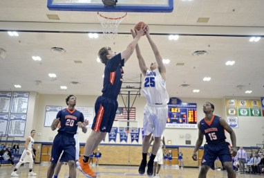 RBHS senior forward Jason Bageanis (#25) is an unselfish player, emblematic of the Bulldogs' style of play under first-year varsity coach Mike Reingruber. (File photo)