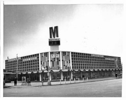 Marshall Savings and Loan, 3722 Harlem Ave. in Riverside in 1964. | Courtesy Liz Faron collection
