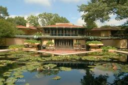Considered the climax of Wright's Prairie School period, the Coonley House includes carefully designed courtyards, gardens and its signature lily pond. (Courtesy of VHT STUDIOS)