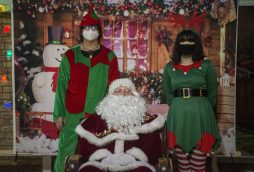 Santa (Brian) and his elves, Jesse Pryzybylski and Angela Pryzybylski. (Alex Rogals/Staff Photographer)