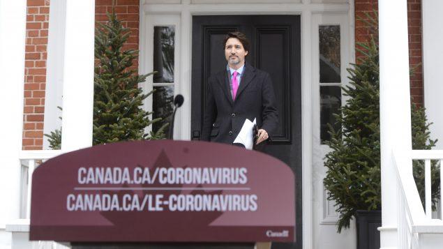 قدّمت الحكومة الكنديّة برئاسة جوستان ترودو مساعدات ماليّة للذين فقدوا وظائفهم بسب جائحة كوفيد-19/Sean Kilpatrick/CP/