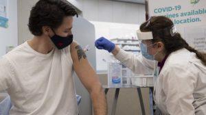 Canada : deux nouveaux décès par thrombose liés au vaccin d'AstraZeneca