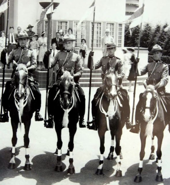 Photograph of RCMP Musical Ride members at the 1939 World Fair in Chicago
