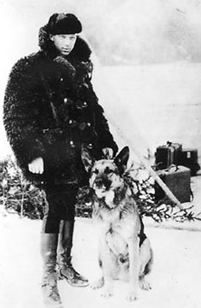 Photograph of a RCMP Police Dog and the handler (Source of photo - Ric Hall's Photo Collection).