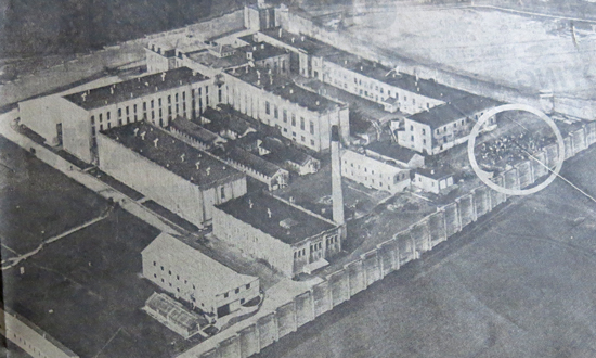 1963 -Photograph of the BC Penitentiary at the time of the June 19-20, 1963 riot. The circled area denotes exterior exercise yard.