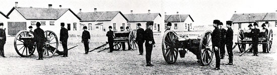 "December 1890 - Artillery Detachment ""D"" and ""H"" Divisions at Fort MacLeod (Source of photo - Ric Hall's Photo Collection)."