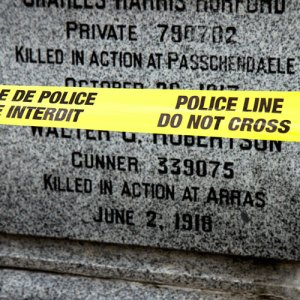 Yellow_police_tag_Memorial_web