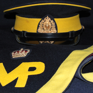 Photograph of RCMP yellow trimmed hat with KC cap badge (Source of photo - Sheldon Boles).