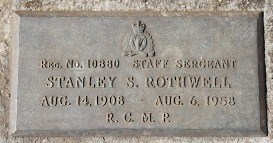 Photograph of the grave marker for Staff Sergeant Stanley Rothwell (Reg.#10880) (Source of photo - Sheldon Boles).