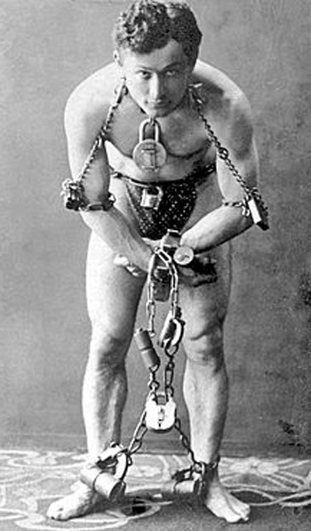 1899 - Photograph of Harry Houdin.