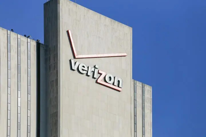 Security lapse exposes millions of Verizon user records