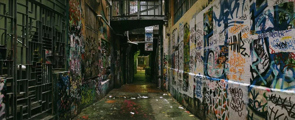 Anti Graffiti film Tint