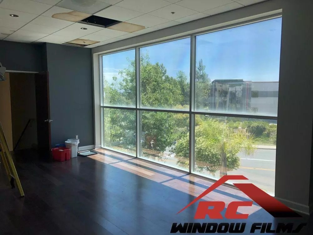 improve privacy with commercial window tinting