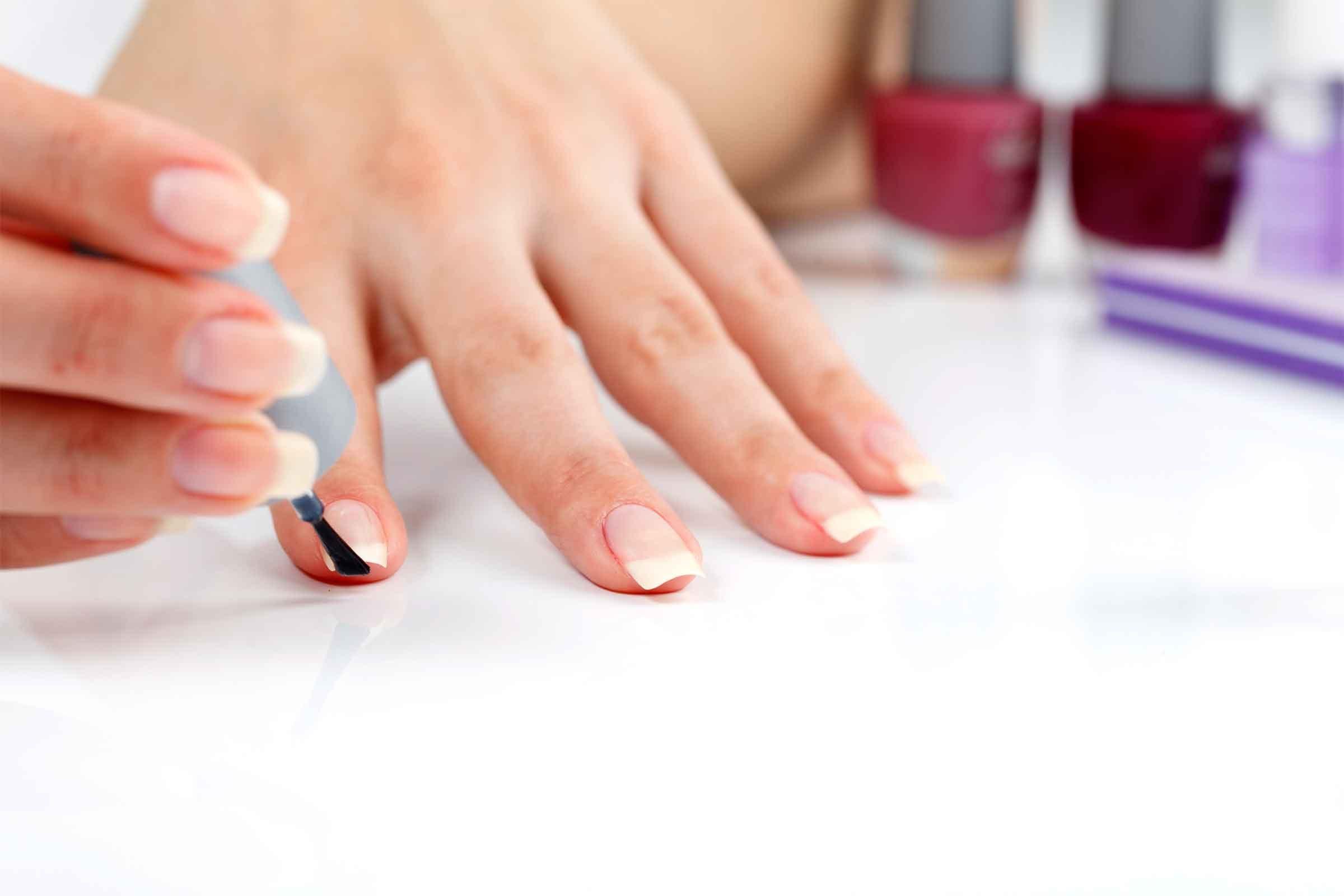 Rezultate imazhesh për base manicure