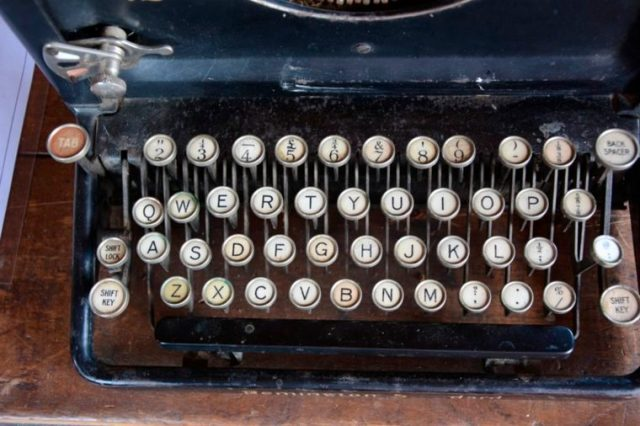 04-typewriter-These 29 Things 2000s Kids Will Never Understand Will Make You Feel Old as Heck_661317670-Linz-Gutsell
