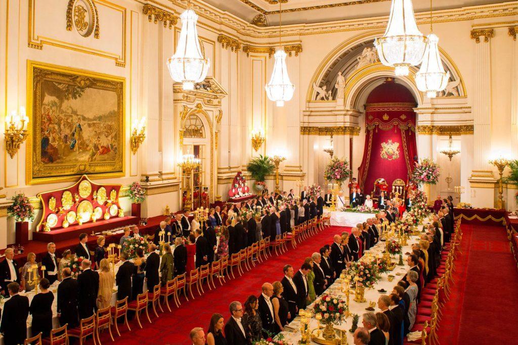 Buckingham Palace 12 Rare And Breathtaking Photos