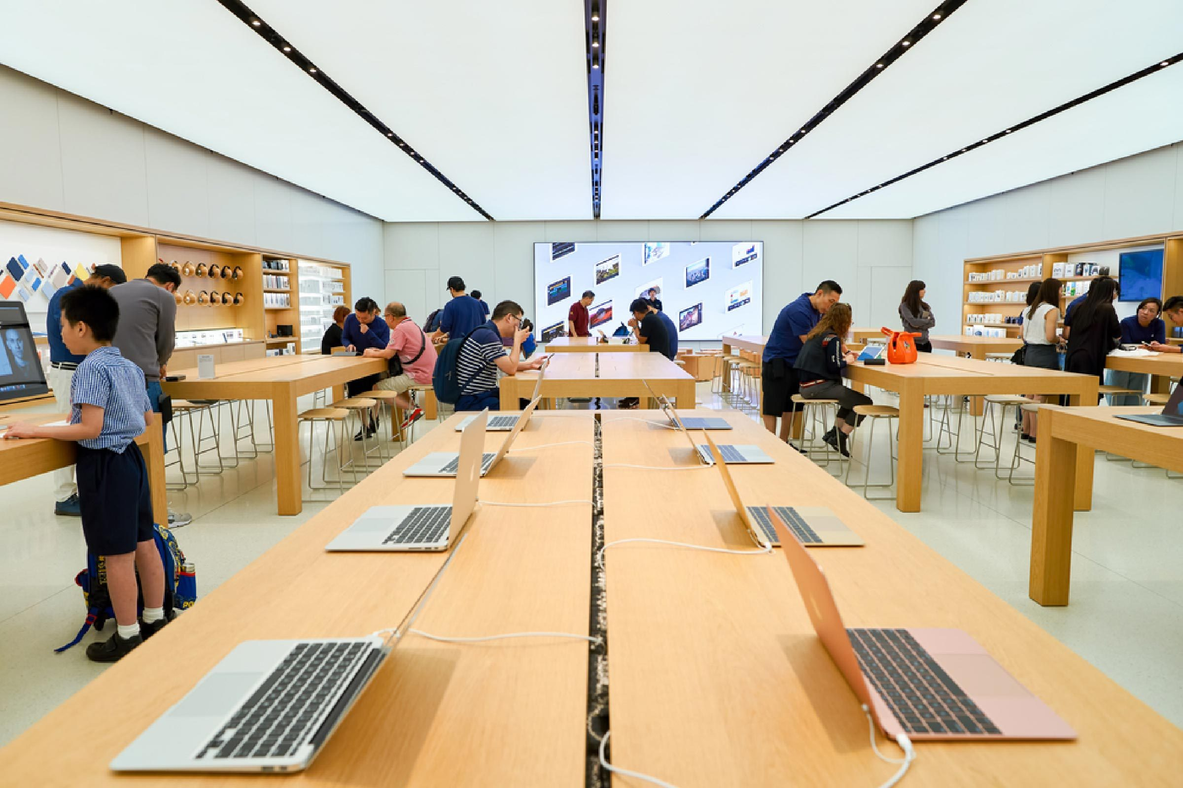 Things Apple Employees Won T Tell You