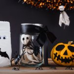 50 Diy Halloween Decorations Easy Inexpensive Ideas Cheap Halloween Decorations