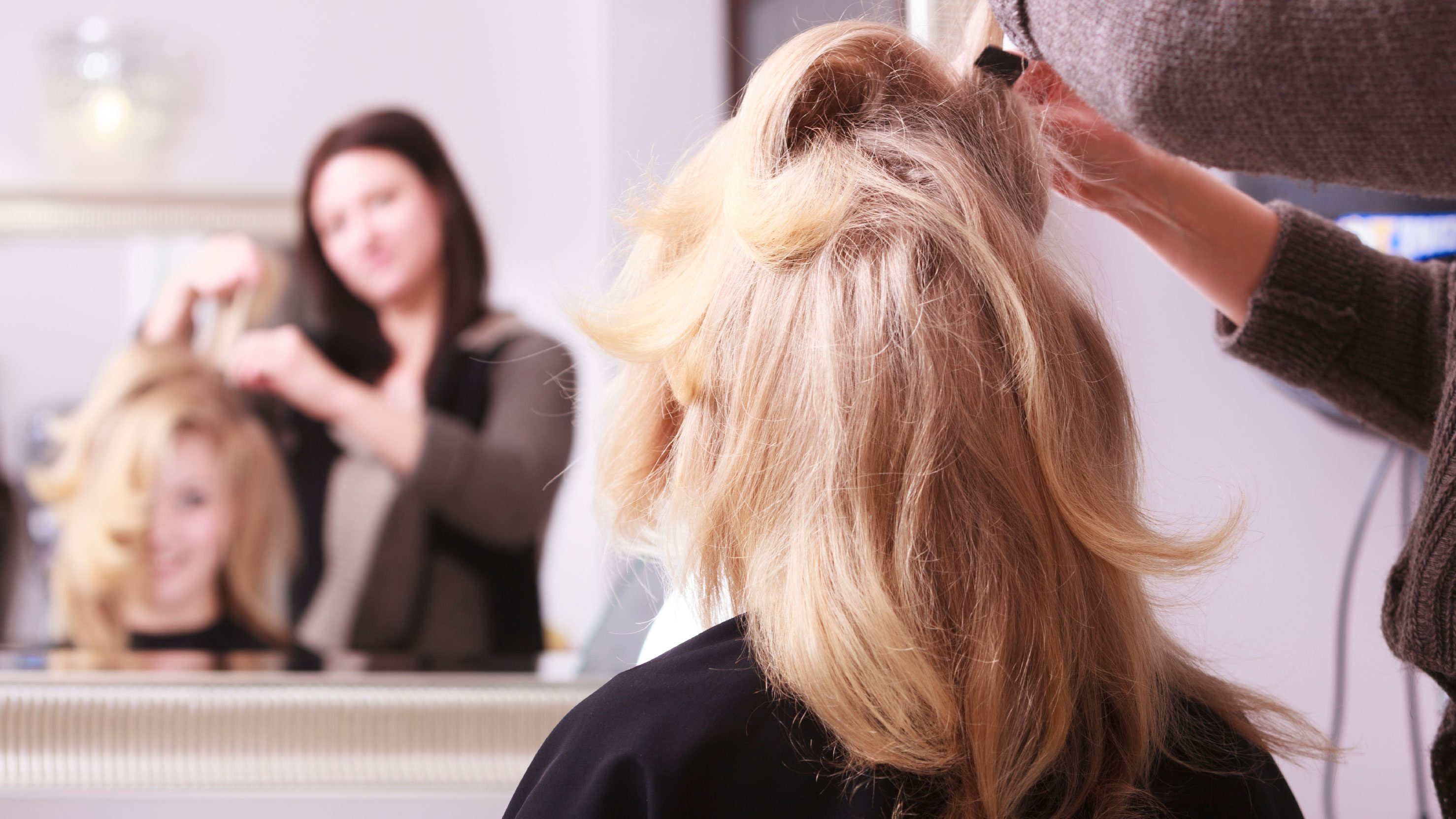 Review Hair Stylists Love The Enchantop Human Hair Topper