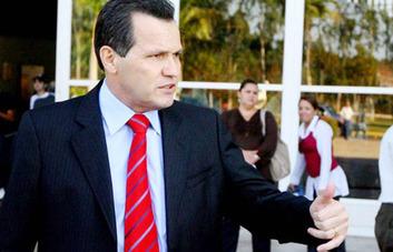 MP aciona Silval, pede bloqueio de verba e sugere intervenção federal no Estado