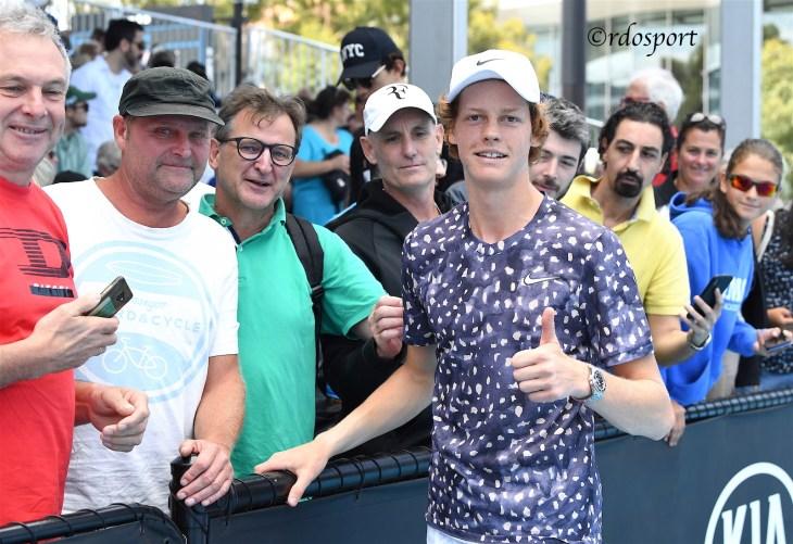 Winner insieme ad un gruppo di amici altoatesini arrivati a Melbourne per vederlo giocare
