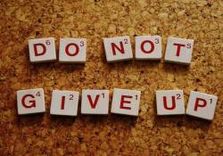 101+ Never Give Up Quotes for Whatsapp - Success Quotes