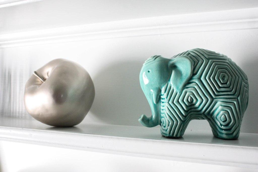 elephant and apple shelving decoration