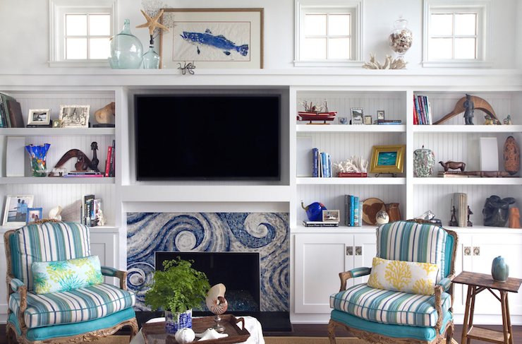 One of the biggest challenges in home decorating is Decorating a Mantel with a TV. This post highlights several different ideas on how to do just that! Must pin to remember this one.