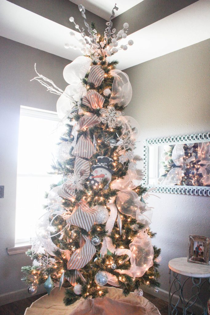 Burlap and Aqua Christmas Tree with step by step directions on how to decorate from start to finish!