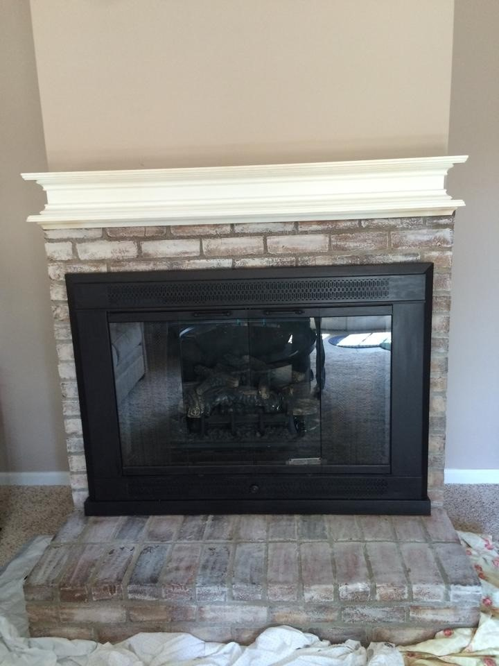 How to whitewash a brick fireplace and paint over that outdated brassy finish!