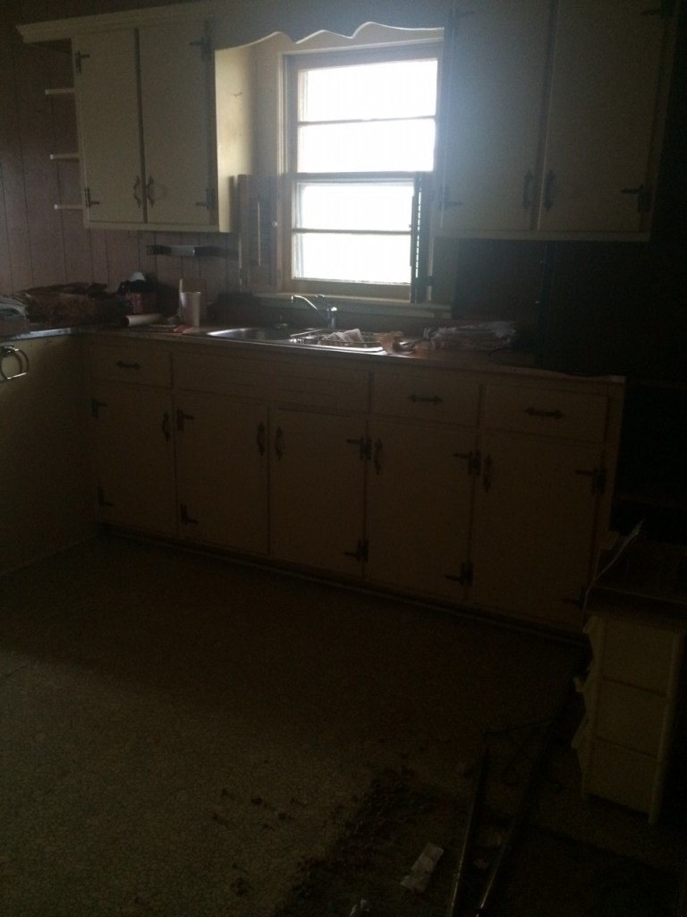 fixer upper home before picture-kitchen cabinets