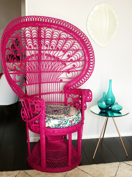 Gorgeous pink outdoor spring inspiration to incorporate into your outdoor decorating this Spring!