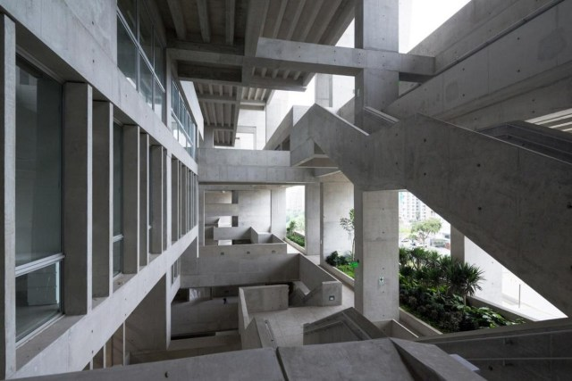 10 Most famous Pritzker prize winners throughout history - Sheet14