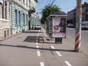 intrerupere pista in dreptul statiilor de transport in comun