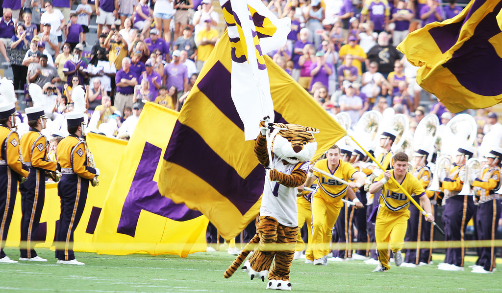 Florida-LSU will come down to Feleipe Franks versus Joe Burrow - Read and  Reaction b34ab034f