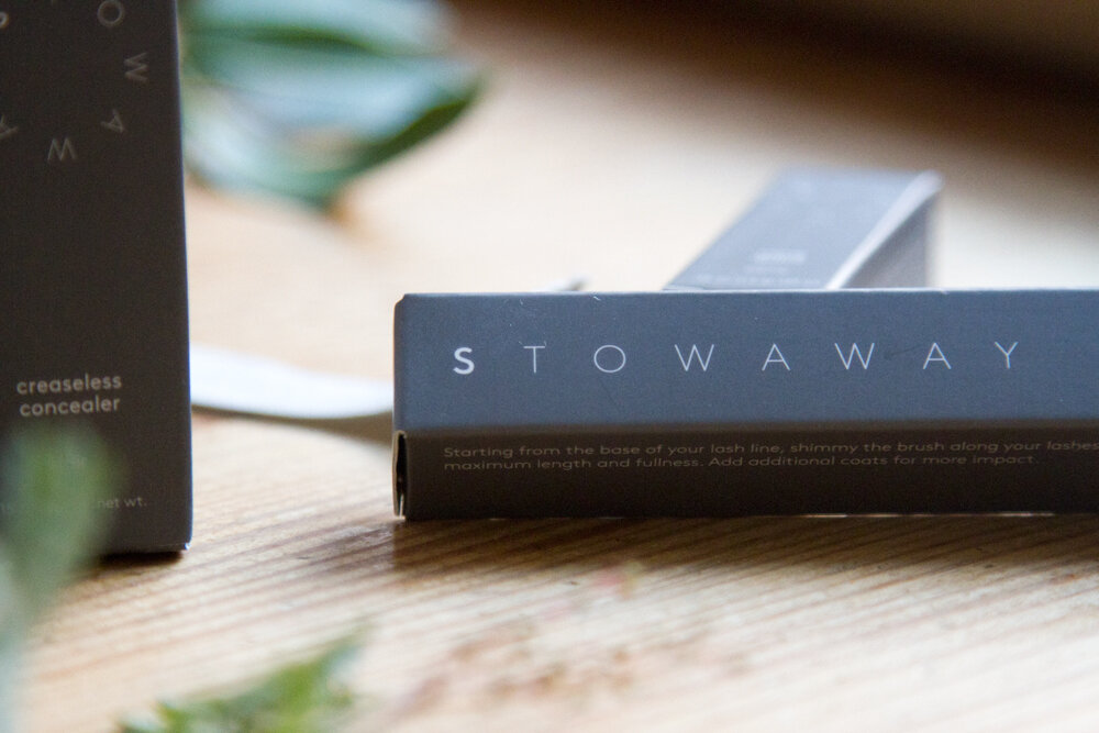 stowaway giveaway | reading my tea leaves