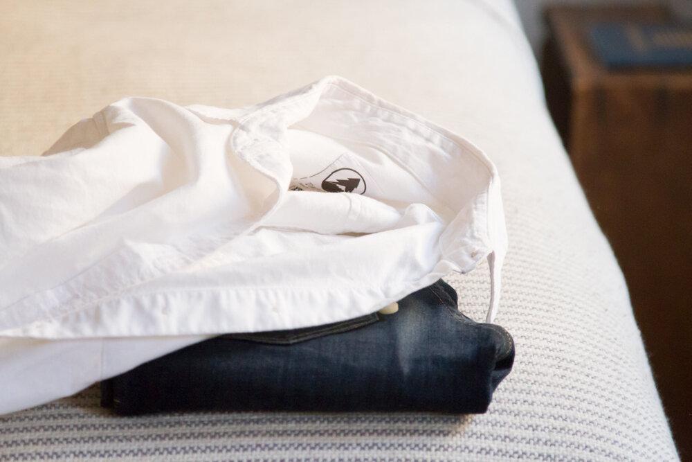 minimalist wardrobe resolutions | reading my tea leaves