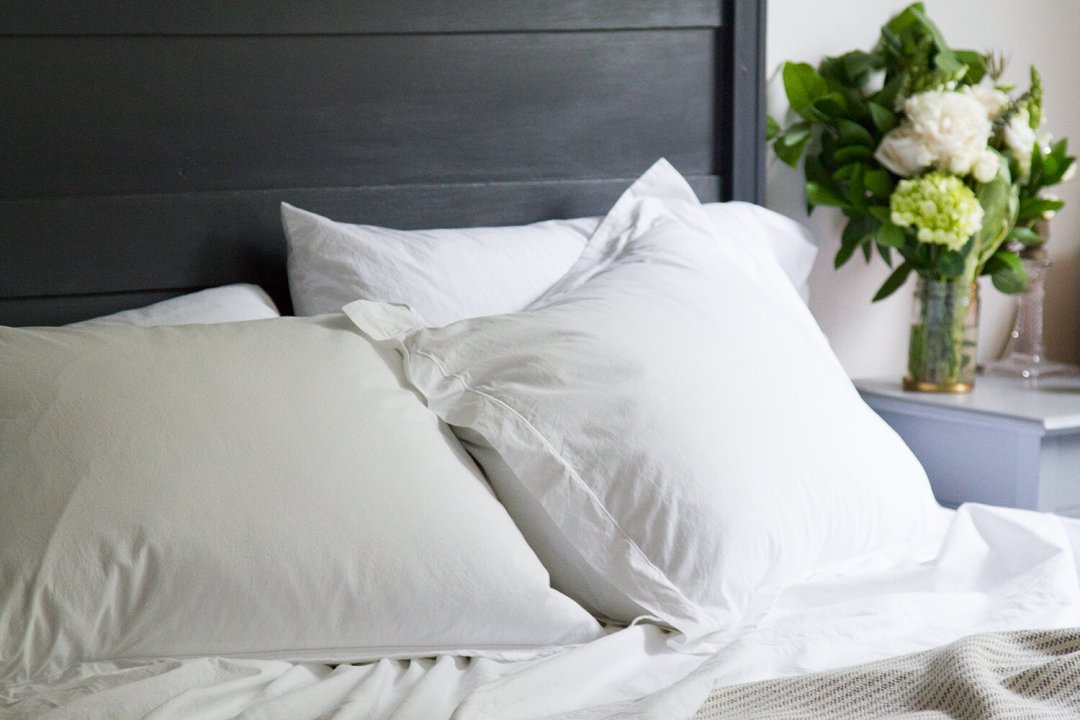 luxury bedding from snowe | reading my tea leaves