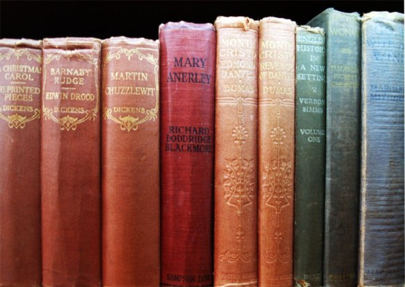 florence-cowood-bookshelf