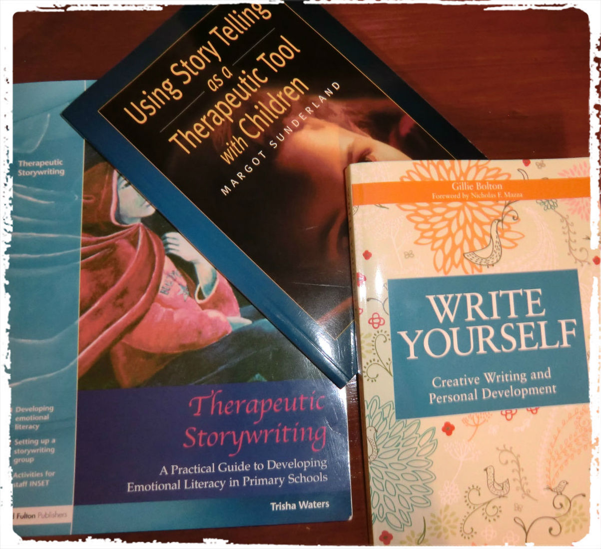 Writing in Bereavement  A Creative Handbook  Writing for Therapy     SlidePlayer Poetry and Story Therapy  The Healing Power of Creative Expression  Writing  for Therapy or