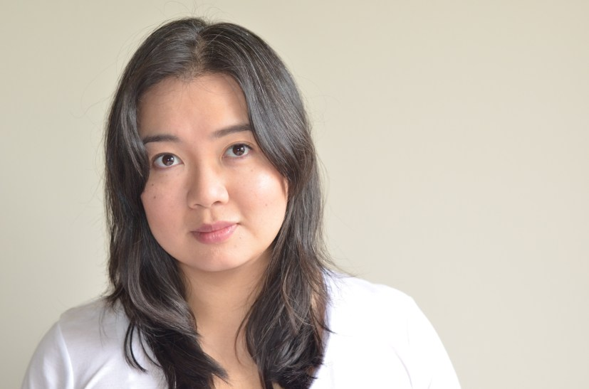 Onjana Yawnghwe, a Shan-Canadian, was born in Thailand but grew up in Vancouver. Her first book of poetry, Fragments, Desire, was published by Oolichan Books in 2017.