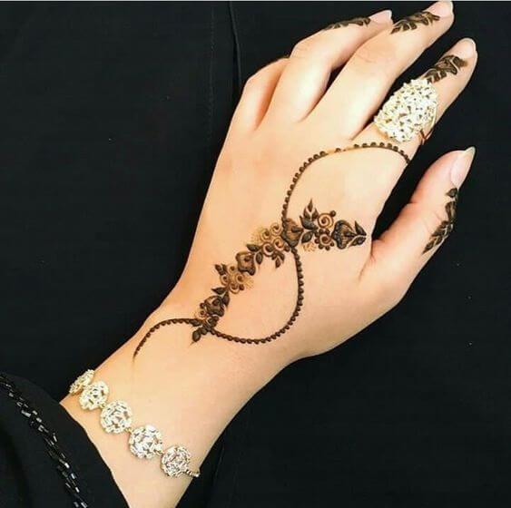 modern simple mehandi arabic designs