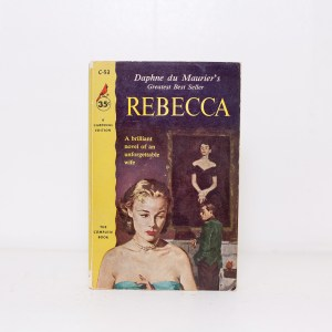 Read Remark book review - Rebecca by Daphne du Maurier