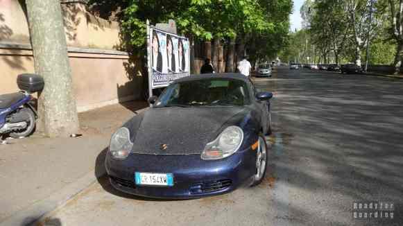 Włosi i ich czyste auta...