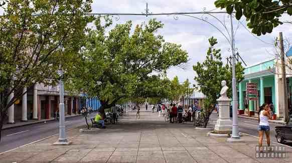Paseo El Prado, główna aleja w Cienfuegos - Kuba