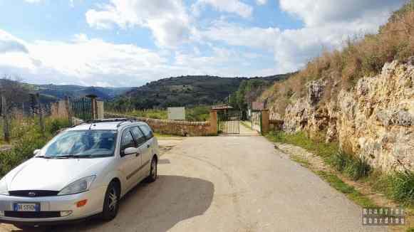 Wejście do Necropoli di Pantalica - Sycylia